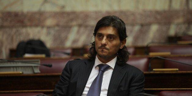 Σωρεία αντιδράσεων για το πολυνομοσχέδιο: Η Τρόικα θέλει να κλείσει την ελληνική φαρμακοβιομηχανία, λέει...