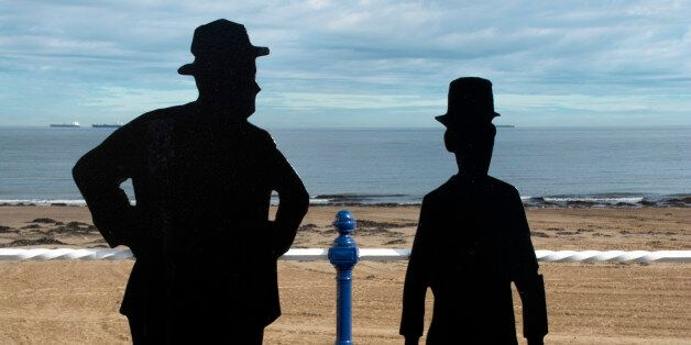 UK, Cleveland, Redcar, Laurel & Hardy silhouettes, Redcar sea