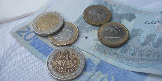Διευκρινίσεις της ΓΓΔΕ για τις 100 δόσεις: Επιβάρυνση για οφειλές πάνω από 5.000