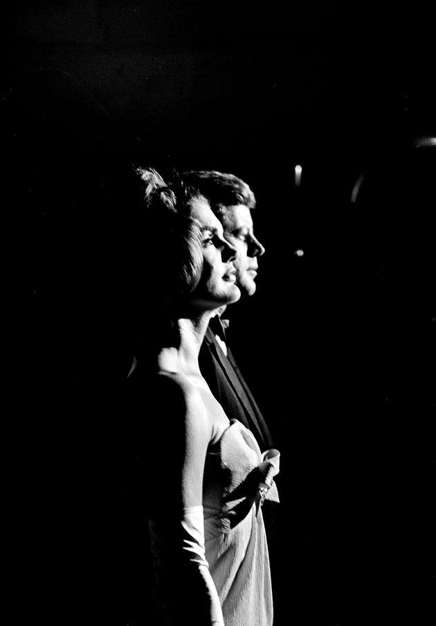 Απόρρητα έγγραφα αποκαλύπτουν το αληθινό πρόσωπο του JFK. Πανούργος, μυστικοπαθής, γυναικάς και εναντίον...