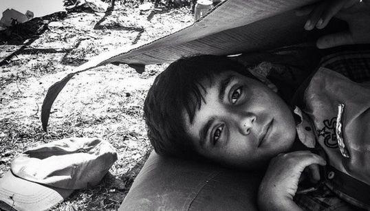 Η προσφυγική κρίση μέσα από 9 λογαριασμούς στο