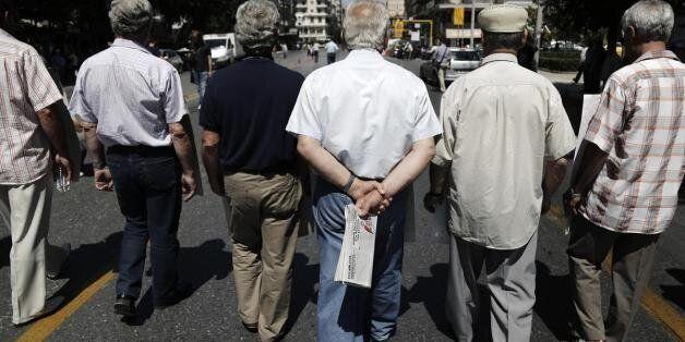 Ρωμανιάς: Έρχονται χείμαρροι διατάξεων στις συντάξεις - Καμία εγγύηση για το τι θα λάβουν οι