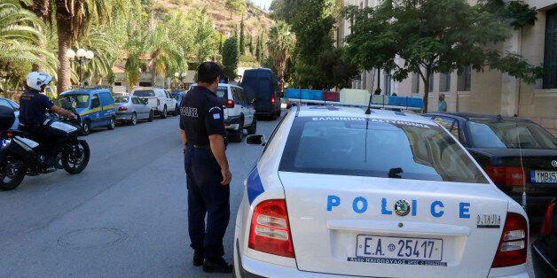 Αυξημένα μέτρα ασφαλείας στο κέντρο της Αθήνας υπό το φόβο τρομοκρατικού