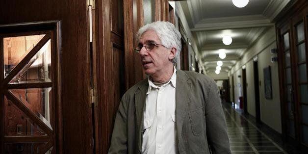 Παρασκευόπουλος: Νομοθετική παρέμβαση για τη διασφάλιση του δικαιώματος των κρατουμένων στην