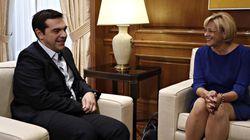 Συνάντηση Τσίπρα με την Επίτροπο Περιφερειακής Πολιτικής: Εκταμίευση κονδυλίων ύψους 824 εκατ.
