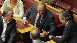 Βουλή: Το «πηγαδάκι» Καραμανλή – Σαμαρά, το κίτρινο φόρεμα της Τζάκρη και η εντυπωσιακή Όλγα