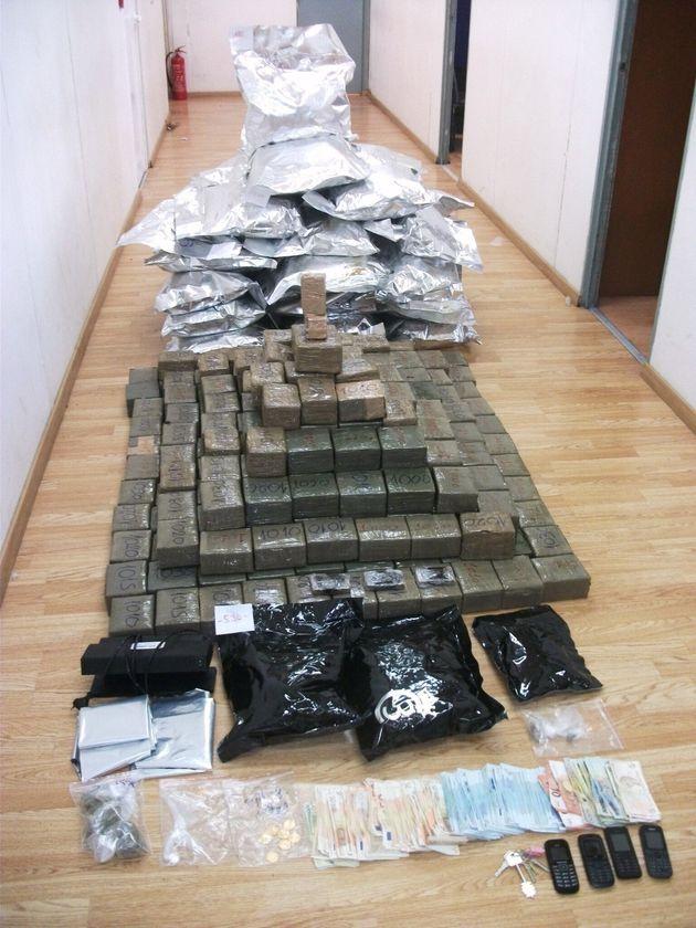 Συλλήψεις μεγαλεμπόρων ναρκωτικών. Πάνω από 2.500.000 ευρώ η αξία των ναρκωτικών που κατάσχεσε η
