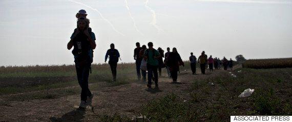Σε «κατάσταση πολιορκίας» λόγω μεταναστευτικού τα Βαλκάνια. H Kροατία αρνείται να δεχτεί παραπάνω