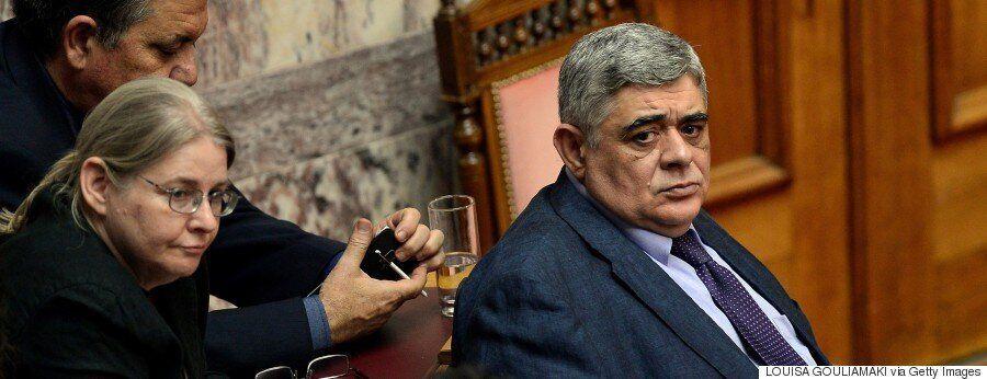 «Τιμωρώντας» το πολιτικό σύστημα: Η «ψήφος αντίδρασης» στην Ελλάδα και η περίπτωση Τραμπ στις