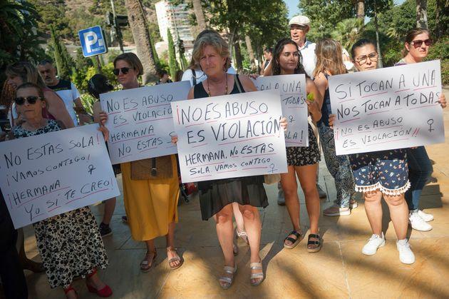 Protesta tras una violación múltiple en