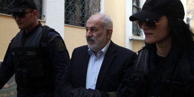 Σε δίκη παραπέμπονται 5 άτομα για την υπόθεση των εξοπλιστικών - Μεταξύ τους ο Σμπώκος και ο Πάνος