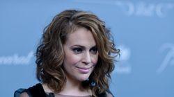 Η ηθοποιός Alyssa Milano δίνει την δική της απάντηση σχετικά με τον