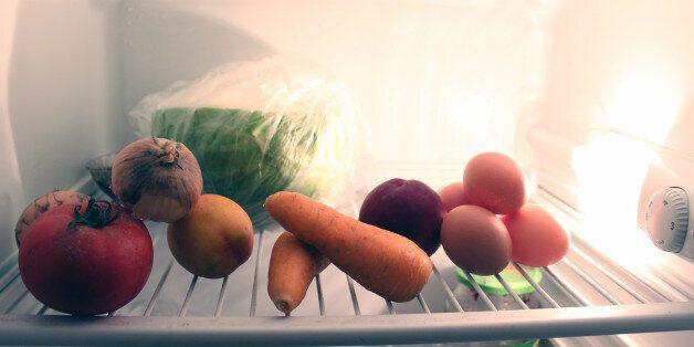 Τελικά ποια τρόφιμα πρέπει να βάζουμε στο ψυγείο και ποια όχι; Ψάξαμε και βρήκαμε τις