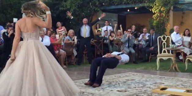 Το «τρικ» που έκανε στο γάμο του ένας μάγος και έκανε τους καλεσμένους να τα