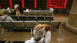 Πώς η «Μαύρη Δευτέρα» των κινεζικών χρηματιστηρίων «χτυπάει» τον υπόλοιπο