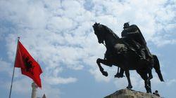 Αλβανία: Εισβολή στην εκκλησία Αγίου Αθανασίου στους
