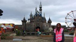 Μία αποκλειστική ξενάγηση στο σκοτεινό πάρκο Dismaland του Banksy (τα μικρά παιδιά ας μείνουν