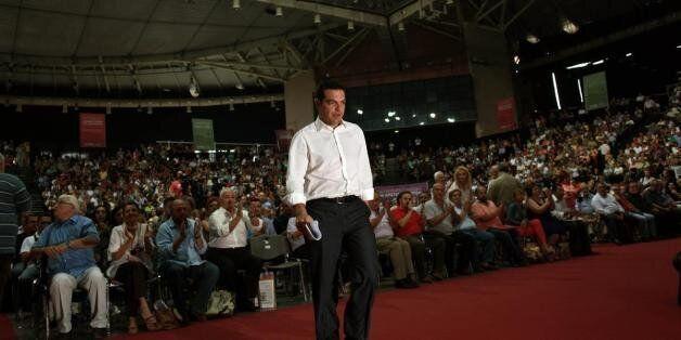 Κείμενο 50 βουλευτών του ΣΥΡΙΖΑ. Στηρίζουν Τσίπρα και καταγγέλουν πρώην συντρόφους για «προσωπικές