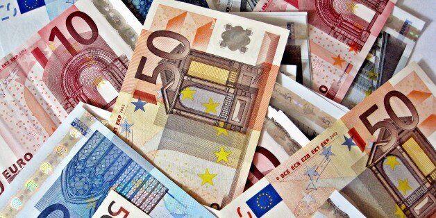 Μείωση των καθαρών εσόδων του κρατικού προϋπολογισμού κατά 4 δισ. στο