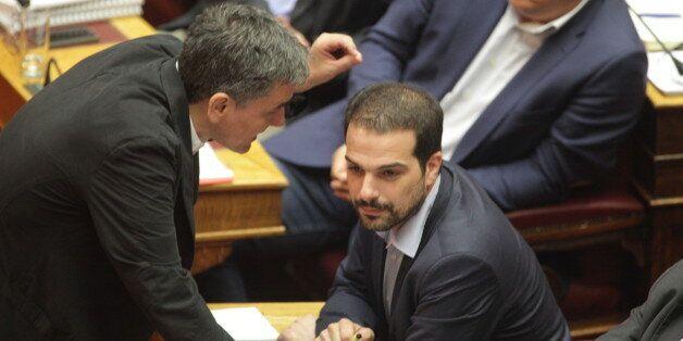 Καθαρές κουβέντες ζητεί ο Τσίπρας. Φήμες περί μη υποψηφιότητας Τσακαλώτου και