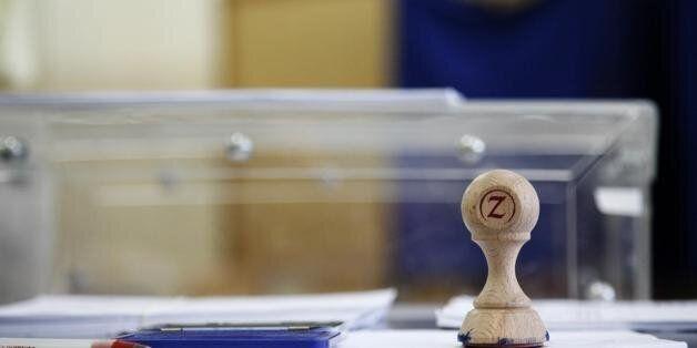 Τρεις δημοσκοπήσεις δείχνουν το αδιέξοδο για την επομένη των εκλογών με μικρό προβάδισμα ΣΥΡΙΖΑ και χαμηλά