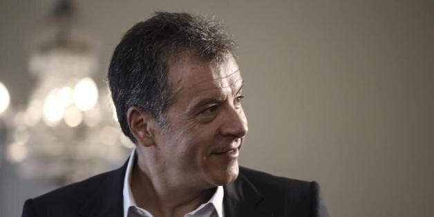 Θεοδωράκης: Η κυβέρνηση ήταν έτοιμη να κάνει πλιάτσικο στη χώρα. Δεν κυβέρνησαν