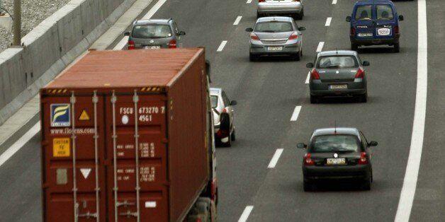 Απαγόρευση κυκλοφορίας φορτηγών ωφελίμου φορτίου άνω του 1,5 τόνου τον