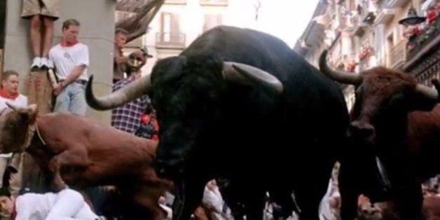 Ισπανία: Η selfie με τον μαινόμενο ταύρο του κόστισε τη