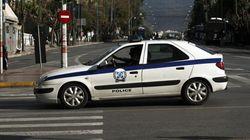 Αστυνομικός ανάμεσα στα μέλη οργάνωσης που εξέδιδε γυναίκες στην