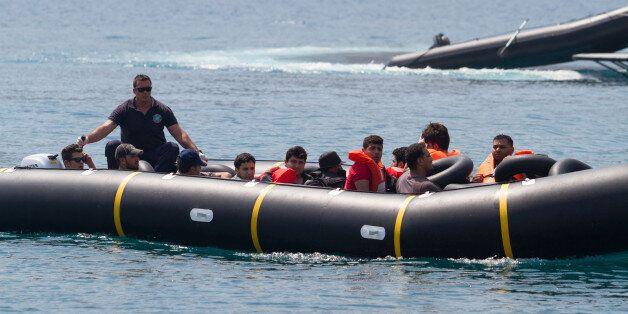 Μεταναστευτικό ώρα μηδέν: Στο «κόκκινο» τα νησιά του