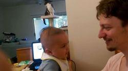 Μωρό τριών μηνών λέει «σ' αγαπώ» στον μπαμπά του για πρώτη
