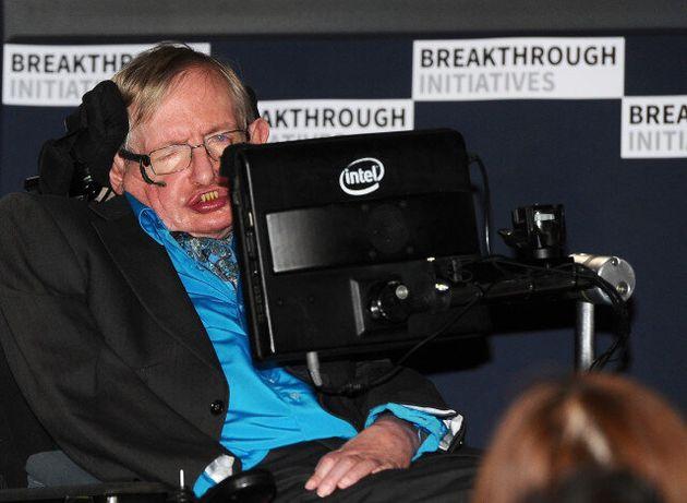 Stephen Hawking και Yuri Milner ενώνουν τις δυνάμεις τους: 100 εκατομμύρια δολάρια για την αναζήτηση...