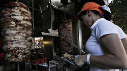 Νέες διευκρινίσεις για τον ΦΠΑ από την ΓΓΔΕ: Σουβλάκια, κιμάς, ψωμί και άλλα