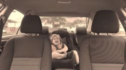 Γιατί κλειδώνονται στο αμάξι μέσα στον
