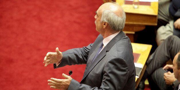 Κερδίζει έδαφος το σενάριο παραμονής Μεϊμαράκη στην προεδρία της ΝΔ. Στηρίζουν Βρούτσης και