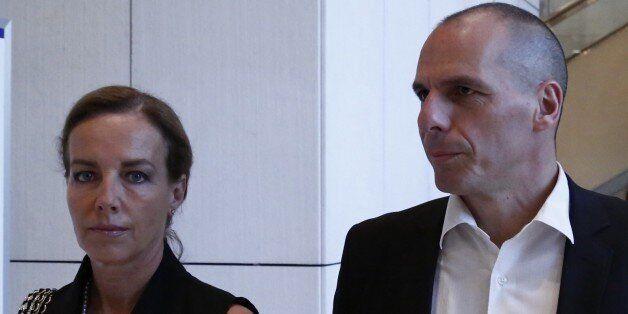 Η Δανάη Στράτου μηνύει δύο δημοσιογράφους του «Πρώτου Θέματος» για τα γεγονότα στην