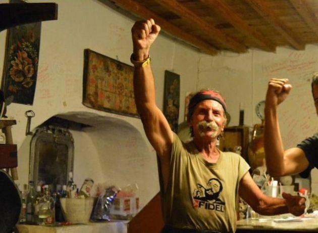 Σίφνος: Ο απόλυτος οδηγός για το νησί του Τσελεμεντέ (όπως το έχει ζήσει μία φανατική