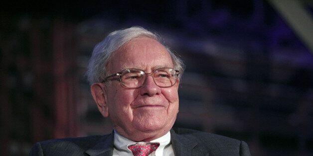 DETROIT, MI - SEPTEMBER 18: Billionaire investor Warren Buffett speaks at a 'Detroit Homecoming' event...
