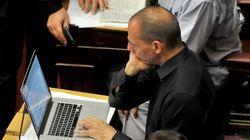 Τι απαντά ο Γιάνης Βαρουφάκης στα περί Plan b και των σχεδίων χακαρίσματος της Γενικής Γραμματείας Δημοσίων
