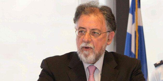 Πανούσης: Τρικομματική κυβέρνηση. Δύο κόσμοι στον