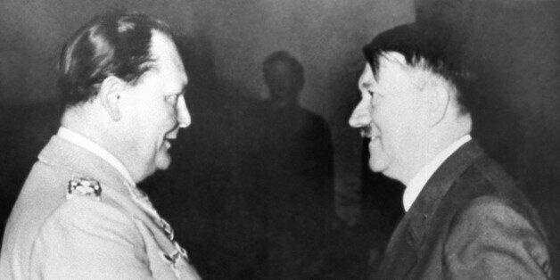 Ο Αδόλφος Χίτλερ με τον Χέρμαν