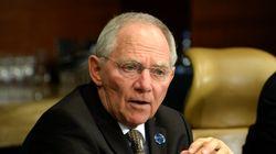 Σόιμπλε: Το ΔΝΤ έχει δίκιο ότι το χρέος δεν είναι βιώσιμο, αλλά το κούρεμα παραβιάζει τους κανόνες της