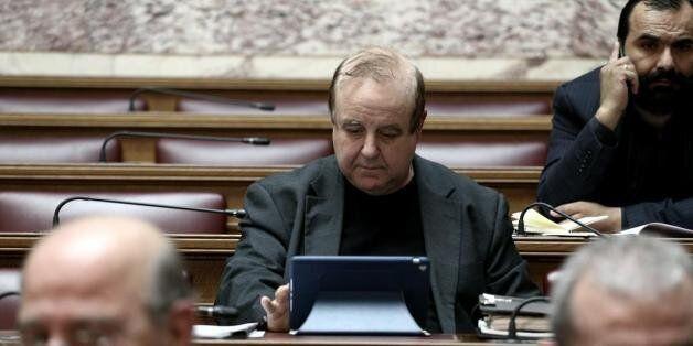 Πρωτοβουλίες Καμμένου για να παρουσιαστούν συμπαγείς οι ΑΝΕΛ στη Βουλή επί της ελληνικής