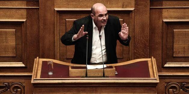 Μιχελογιαννάκης: «Ψηφίζω Όχι. Μεταξύ του άρτου της εξάρτησης, προτιμώ το ψωμί του