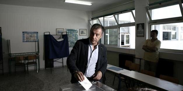 Θεοδωράκης: Περιμένουμε τον πρωθυπουργό να φέρει τη συμφωνία μέσα σε 48