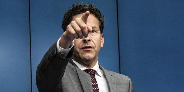 Ο Ντάισελμπλουμ ζητεί να πληρωθούν τη Δευτέρα οι ληξιπρόθεσμες οφειλές προς το