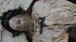 Μυστήριο για τους επιστήμονες το έμβρυο που «κρυβόταν» επί 336 χρόνια στο φέρετρο επισκόπου της