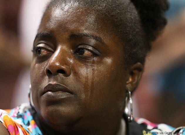 Προφυλακιστέος κρίθηκε ο Ντίλαν Ρουφ για την επίθεση σε εκκλησία μαύρων στη Νότια Καρολίνα και τη δολοφονία...
