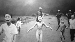 «Το κορίτσι του ναπάλμ»: Το κορίτσι της θρυλικής φωτογραφίας μιλά 43 χρόνια μετά την βομβιστική