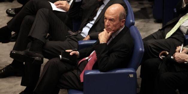 Σημίτης: Ένα βήμα προς το Grexit από την